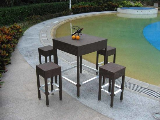 Rattan Outdoor Furniture Bar Table and Stool