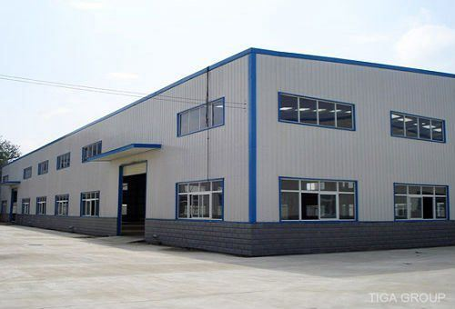 Professional Fabrication Construction Structural Pre Engineered Steel Godown Warehouse