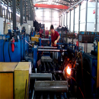 CO2 Seamless cylinder Tank Bottom Spinning Machine