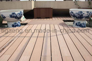 2017 New Design Eco-Friendly WPC Decking Floor for North America