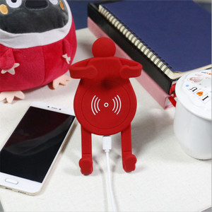 Universal 3in1 Cartoon Desktop Qi Wireless Charger for IPhone Fast Wireless Car Charger Holder for Samsung with Car Use Perfume Tablet