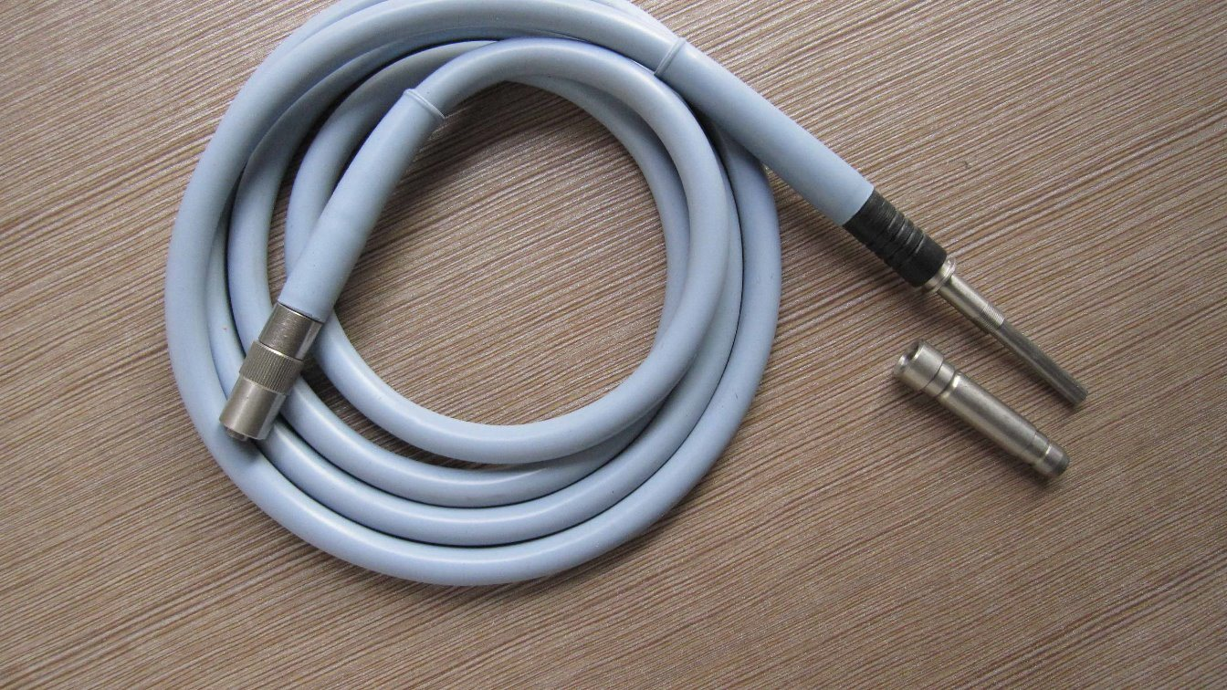 Medical Endoscope Optic Fiber Light Guide Cable 1.8m 2.0m 2.3m 2.5m 3m