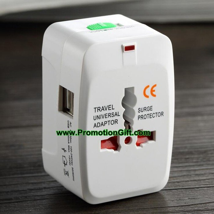 International travel adapter