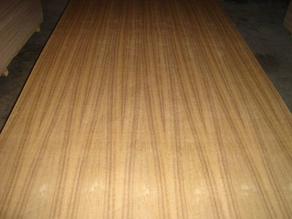 Natural Teak Fancy Plywood / Straight Line