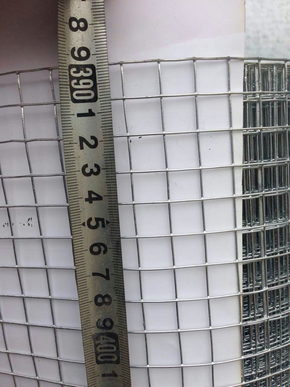 1/2 inch hot dipped galvanized welded wire mesh from China ...