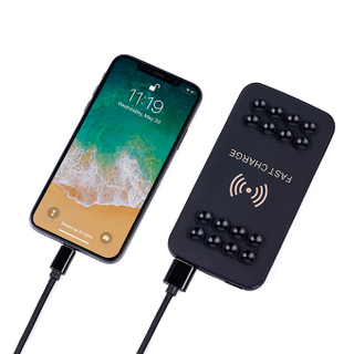 8000mAh Power Bank Wrieless Charger Cell Phone Charger with Sucker