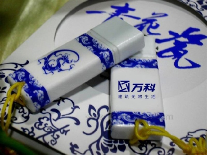 Telecom Business Gift Chinese Elements Porcelain Imitating USB Flash Drive