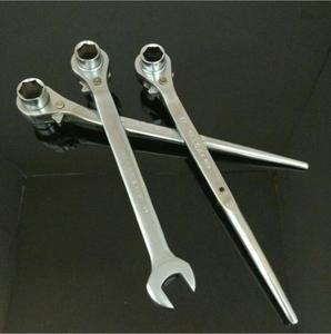 High Quality 19X22 Socket Ratchet Wrench with Sharp Tail