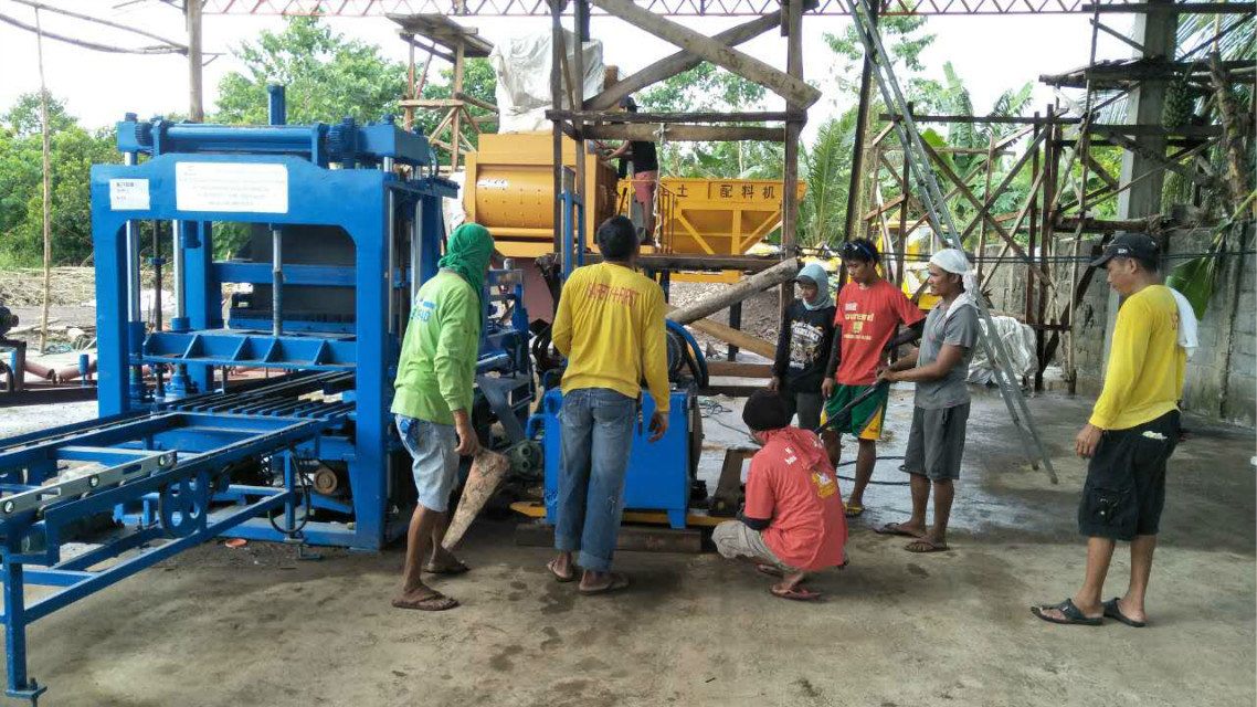 QTY4-15 block machine in Philippines (14)