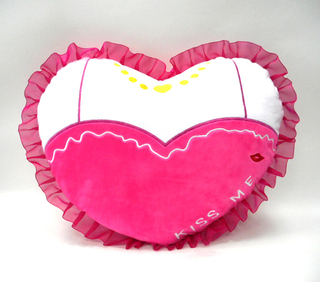 Lovely Plush Rose Red Heart Shaped Pillow Soft Valentine Heart Cushion