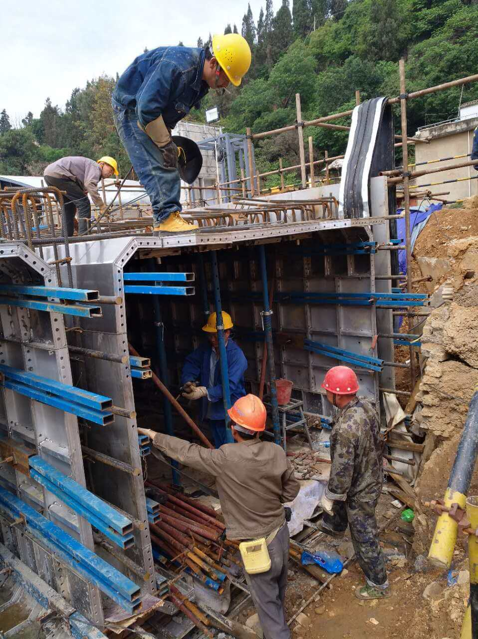 alu-formwork for utility tunnel (5)