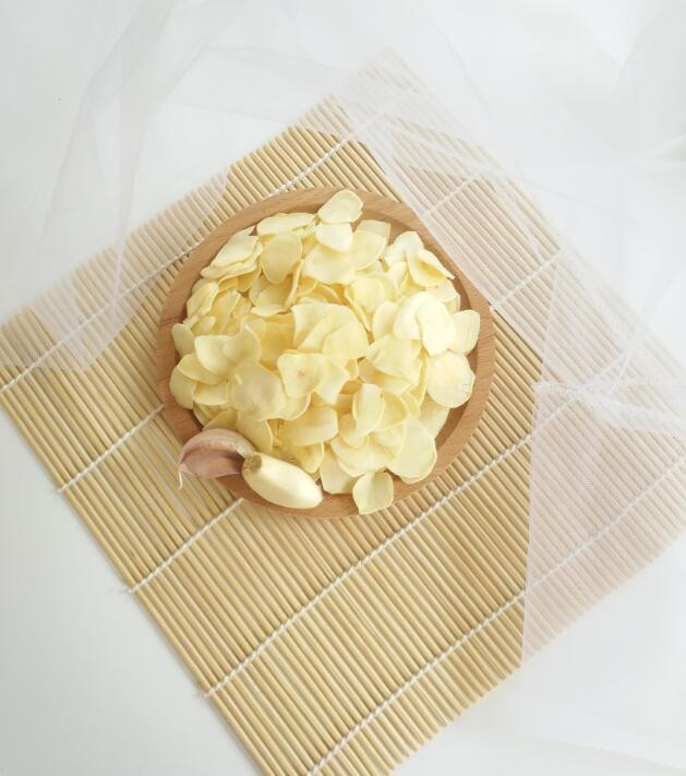 The benefits of dehydrated garlic flakes