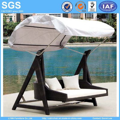 Outdoor Garden Furniture Rattan Swing Chair Swing Sofa with Canopy