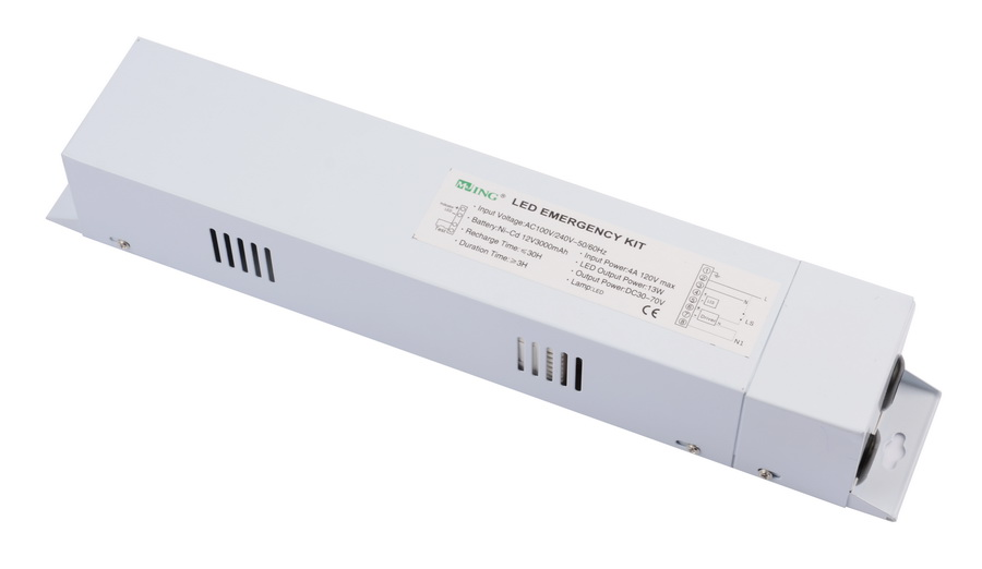 LED emergency power pack for CFL
