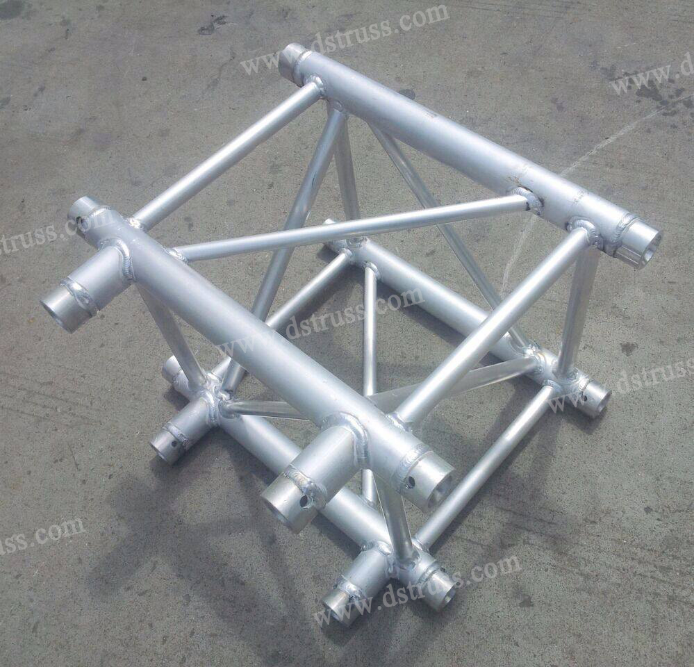 Aluminum Alloy Three Corners (400mm * 400mm)