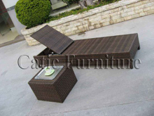 Pool Lounger with Table (L038)