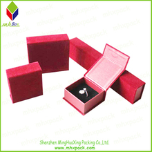Red Packing Gift Jewelry with Flocking Ouside