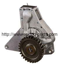Weichai Deutz TD226B Oil pump 13026760