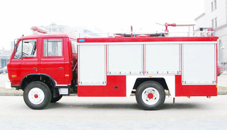 EQ 4x2 6T water foam tanker fire truck