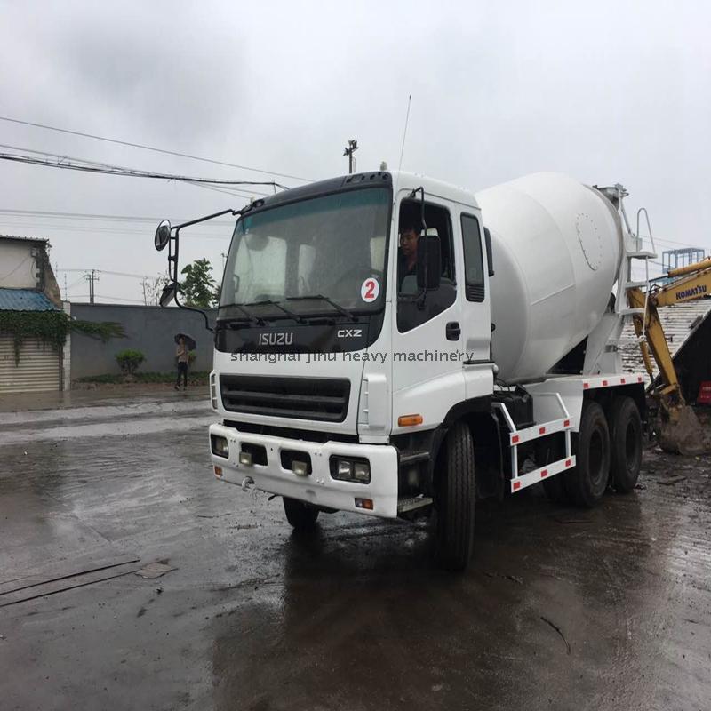 ISUZU used concrete cement truck mixer with 10pe1 engine