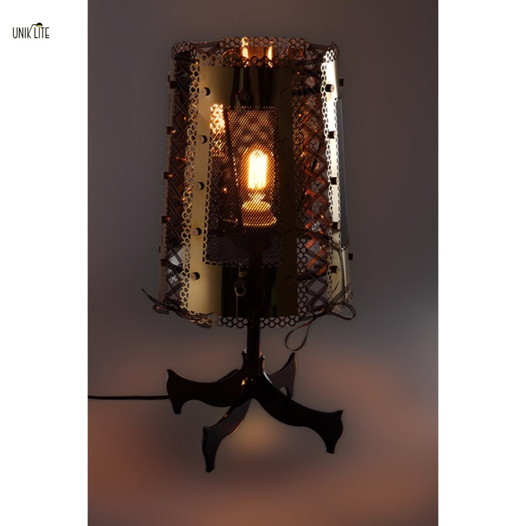 Unik Classical Modern Heavy Metal Style Table Lamp With Golden Stainless Steel Ribbon