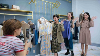 Revenues from apparel retail sales touch US $ 166 billion