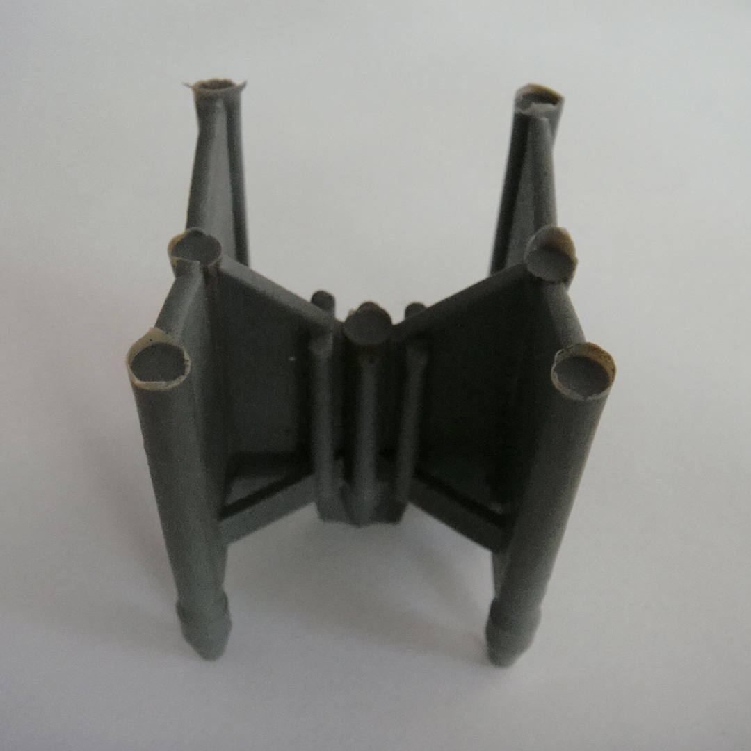 Platform plastic spacer SP0404B