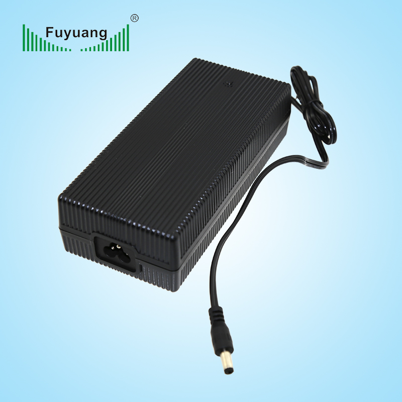 Level VI Efficiency Standard 24V5A Power Adapter with UL