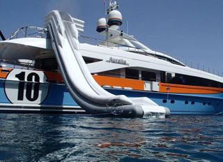 Inflatable Yacht Water Slide For Water Games
