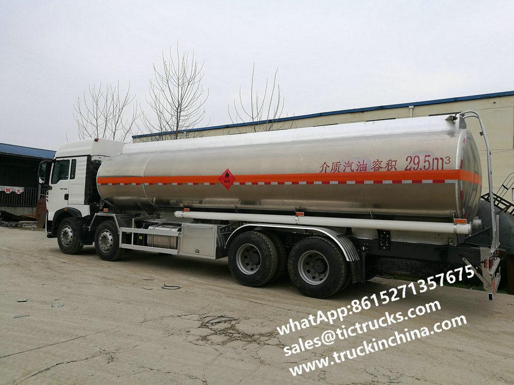 25000L Oil Tanker Trailer 8X4 , HOWO Water Tanker Truck
