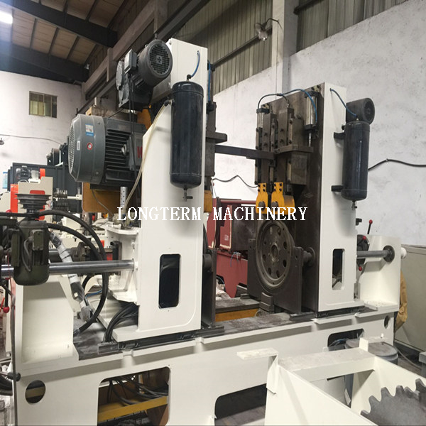 Assembly &seaming machine