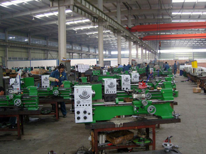 Production-Line-of-Lathe-Machine
