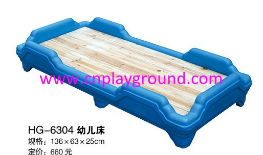 New Design Natural Wood Toddler School Bed With Plastic