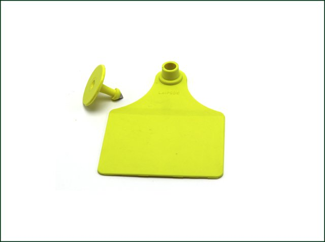 UHF 860-960mhz Waterproof RFID Cattle Ear Tag