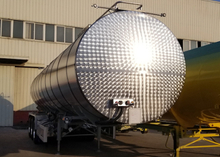 43000L Insulated Carbon Steel Tank Semi Trailer with 3 axles for Bitumen