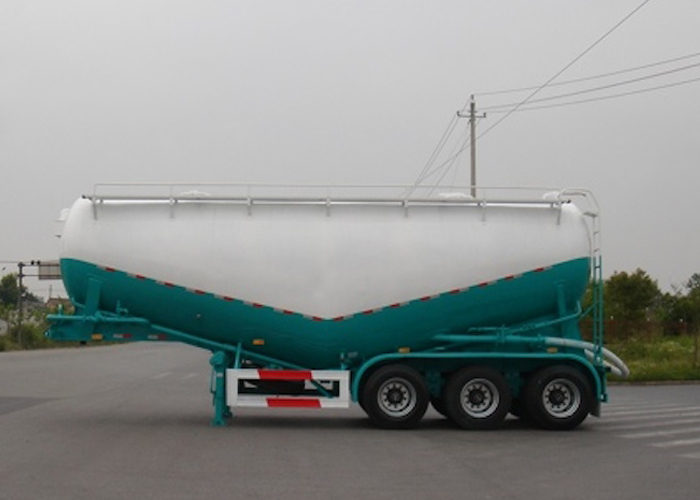 26500L Dry Bulk Pneumatic Tanker Semi Trailers with 3 Axles for Oil Well cementation Cement , Cement Tanker Semi Trailer