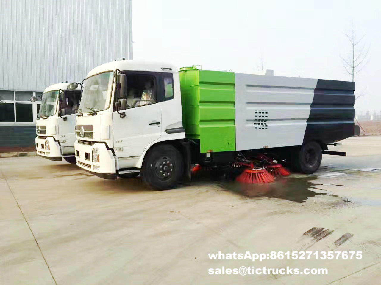 route sweeper-079-water-cleaning_1.jpg