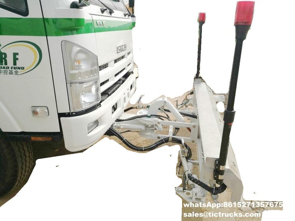 Camion -06.jpg de balayeuse de vide d'ISUZU