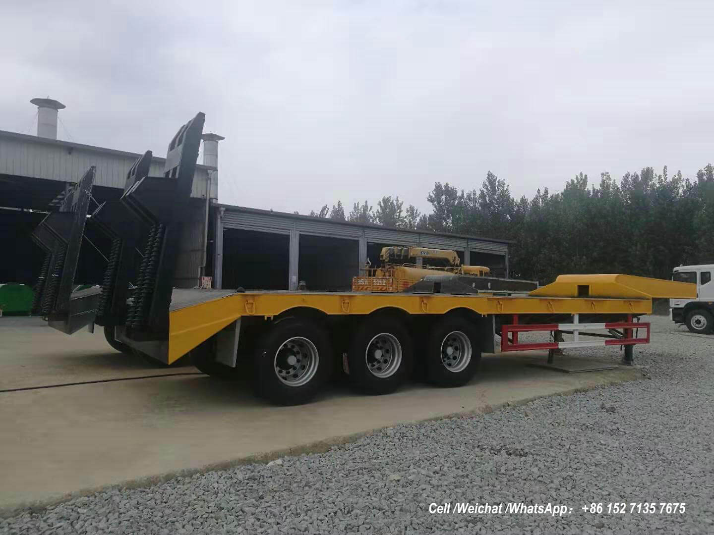 2 Sets 13M Low Bed Trailer 3m Wide 60 Tons With 14T BPW Axles and 4pcs Container Locks