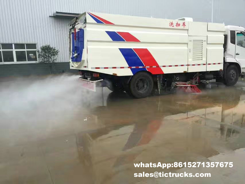 route sweeper-091-water-cleaning_1.jpg