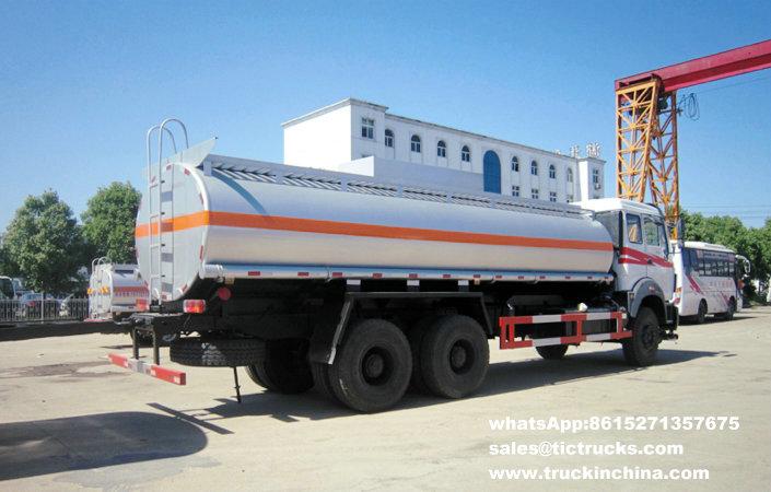 Véhicule 6x4 22000L de ravitaillement de Beiben