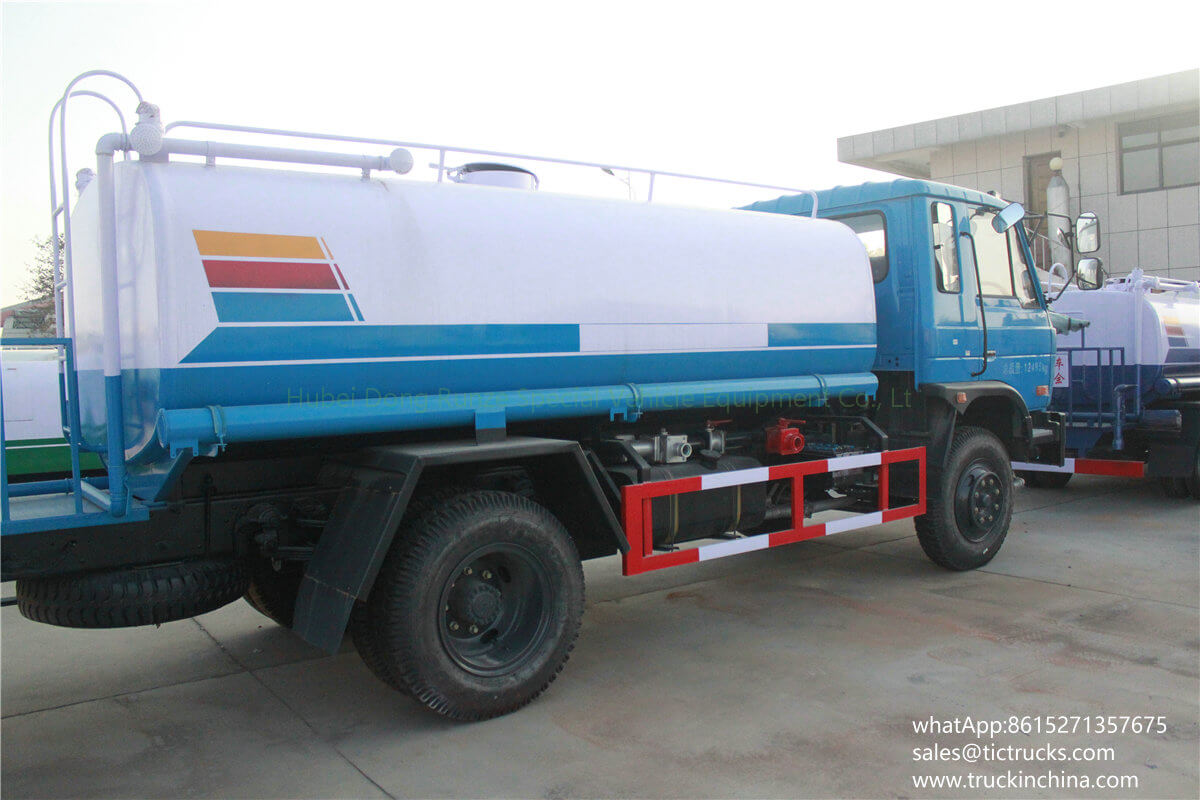 Dongfeng 10000L Water tank washing truck