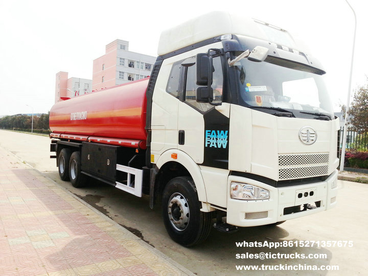 FAW refueling vehicle , tanker, fuel trucks, oil delivery tanker.jpg