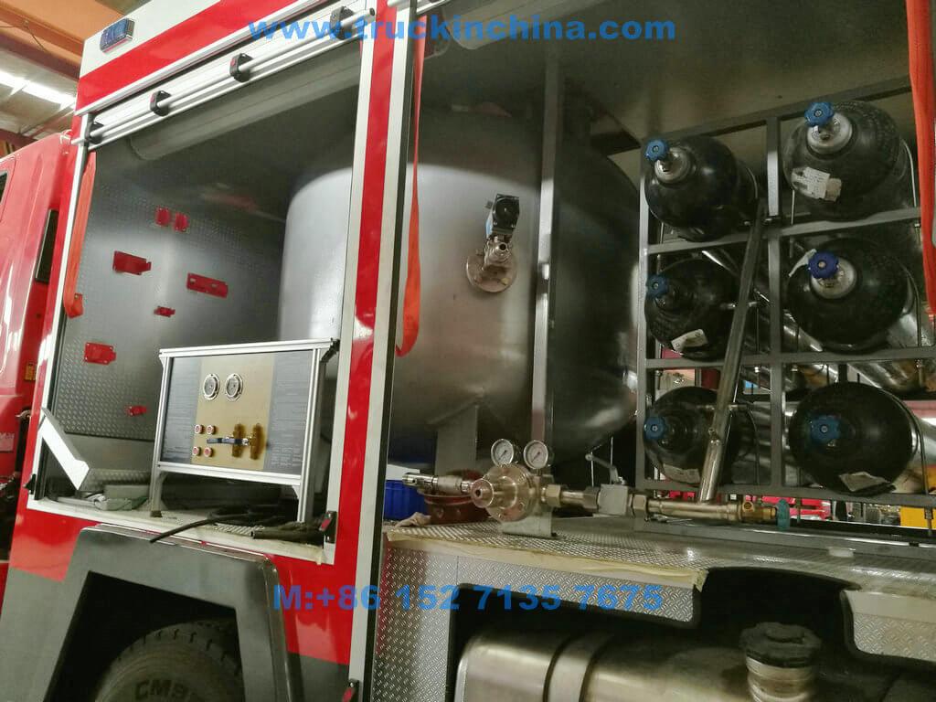 ISUZU-Fire-truck-036
