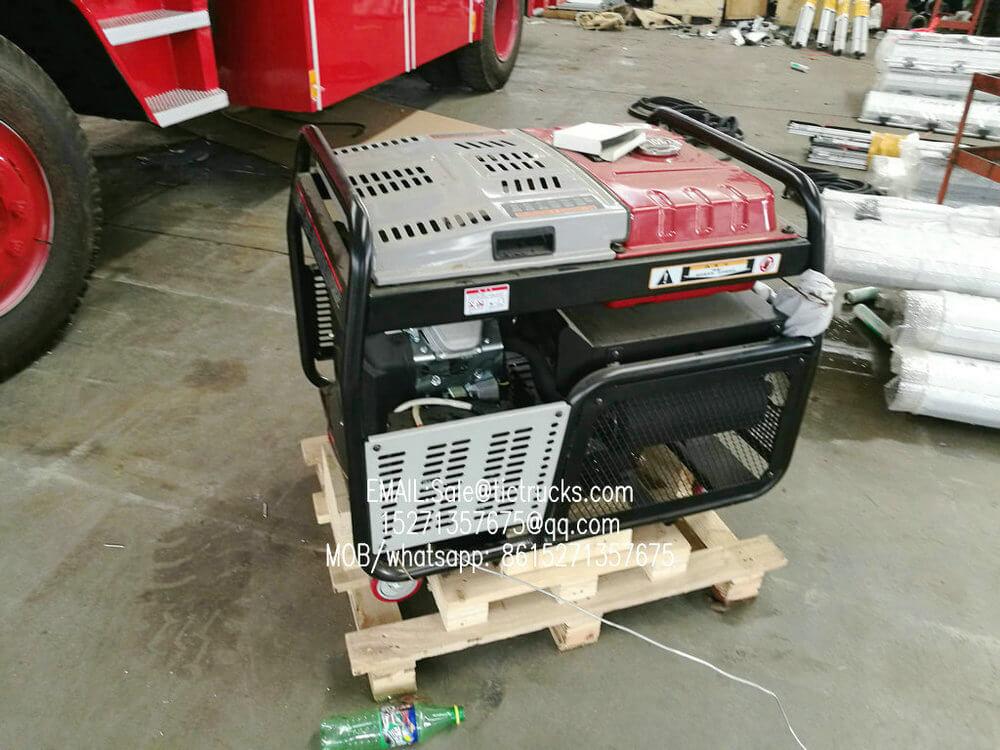 ISUZU FVR Emergency Rescue -5100L- fire truck with canre.jpg