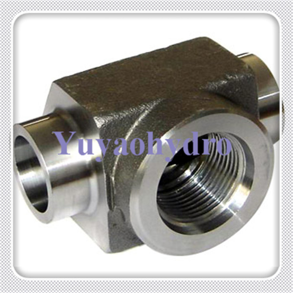Weld pipe tee adapter fittings