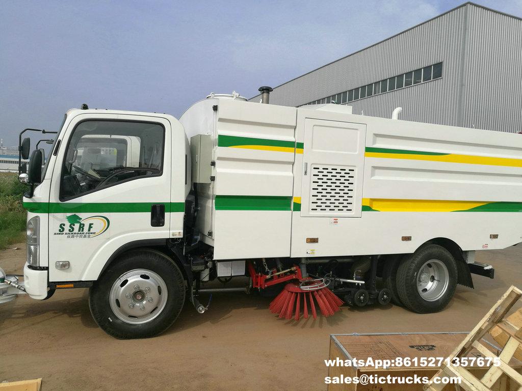 Camion -17.jpg de balayeuse de vide d'ISUZU