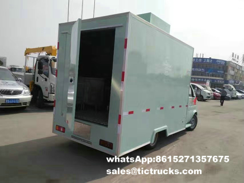 food van -108-food-cooking-Vehicle.jpg