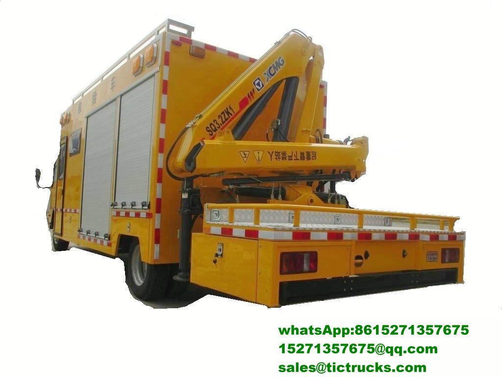 Véhicule de sauvetage multifonctionnel d'ISUZU 700P avec Crane_3_1.jpg
