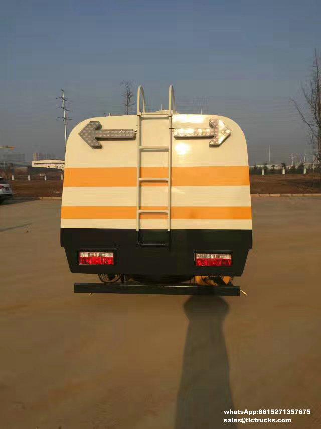 Camion de Cleanout de rambarde de route, véhicule de nettoyage de rambarde, water-cleaning_1.jpg